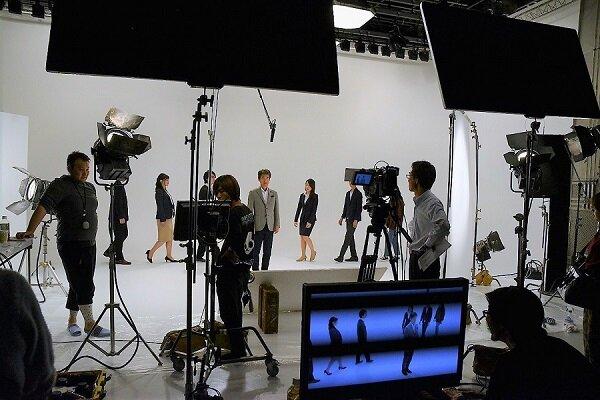 DSC_0305社長+新人撮影.jpg